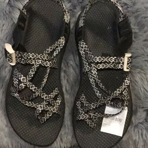 Chacos size 9